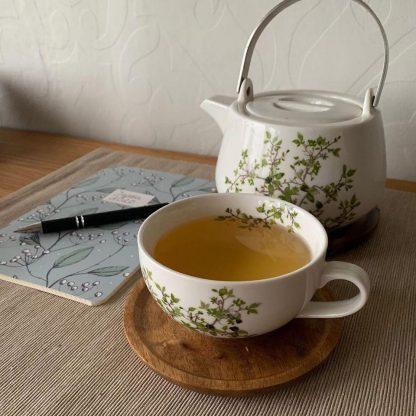 Natura Porcelain Tea Cup with wooden saucer - 250 ml/9oz